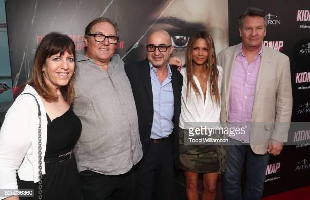 Producer Elaine GoldsmithThomas Producer Lorenzo di Bonaventura David Dinerstein President Aviron Pictures Producer/Actor Halle Berry William Sadleir...