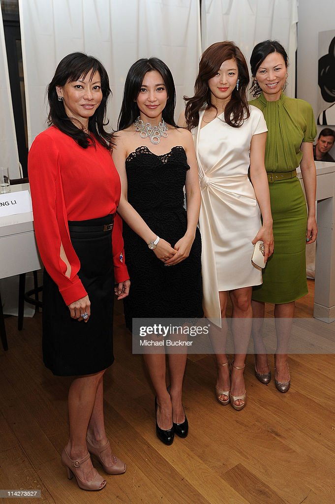 Producer Florence Low Sloan actress Bing Bing Li actress Gianna Jun and producer Wendi Deng Murdoch attend the 'Snow Flower and the Secret Fan'...