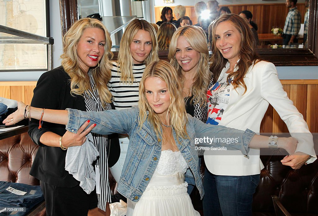Producer Heather Parry, actress Sara Foster, Baby2Baby Co-Chair Kelly Sawyer Patricof, Ali Wise and Jacqui Getty attend the Paper Denim & Cloth and Baby2Baby Luncheon at Son Of A Gun on June 11, 2013 in Los Angeles, California.