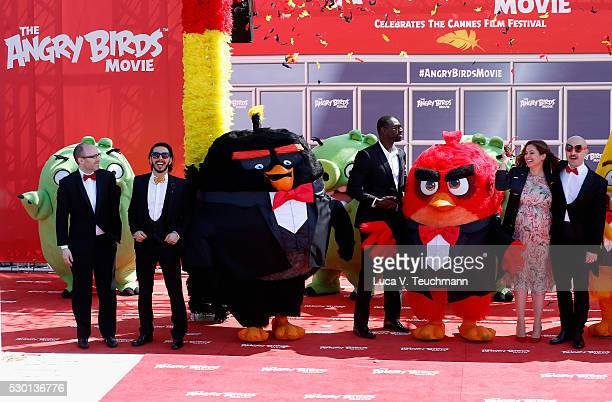 Producer John Cohen Singer Timur Rodriguez actor Omar Sy TV presenter Raya Abirached and actor Maccio Capatonda attend 'The Angry Birds Movie'...