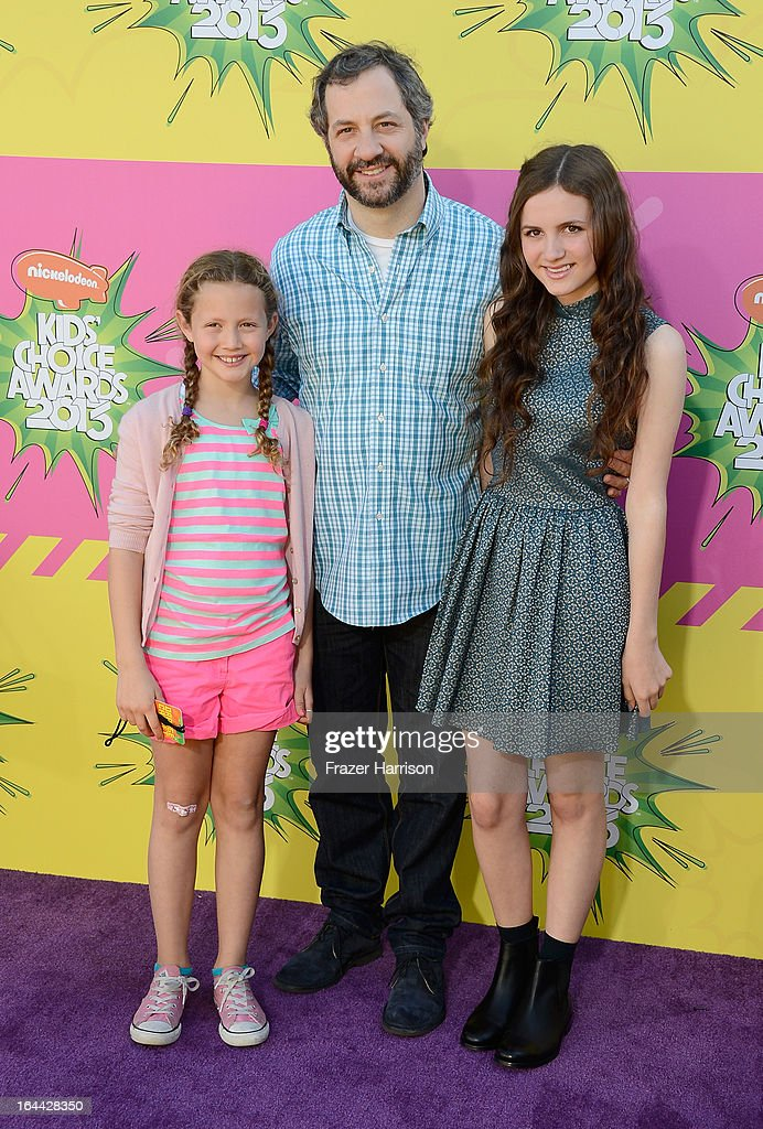 Producer Judd Apatow with daughters Iris Apatow and Maude Apatow arrive at Nickelodeon's 26th Annual Kids' Choice Awards at USC Galen Center on March...