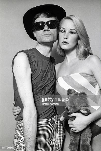LOS ANGELES JANUARY 01 1977 Producer Kim Fowley and his wife at a photo shoot in his apartment in Los Angeles California **EXCLUSIVE**