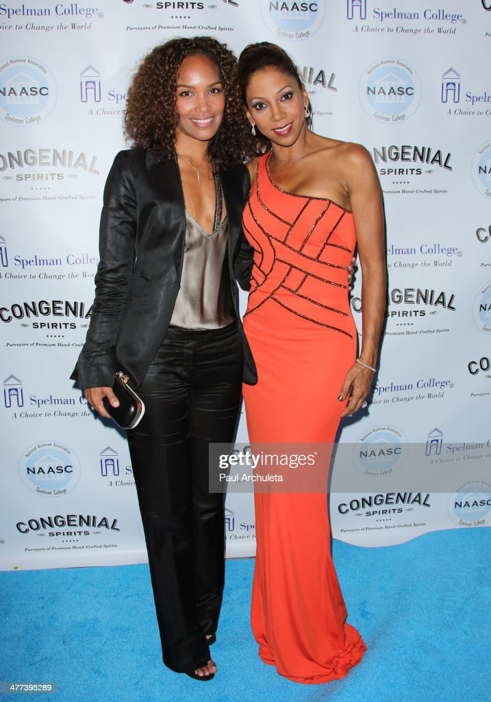 TV Producer <a gi-track='captionPersonalityLinkClicked' href=/galleries/search?phrase=Mara+Brock+Akil&family=editorial&specificpeople=879949 ng-click='$event.stopPropagation()'>Mara Brock Akil</a> (L) and Actress <a gi-track='captionPersonalityLinkClicked' href=/galleries/search?phrase=Holly+Robinson+Peete&family=editorial&specificpeople=213716 ng-click='$event.stopPropagation()'>Holly Robinson Peete</a> (R) attend the National Alumnae Association of Spelman College LA Chapter toasts 20 years of fundraising on March 8, 2014 in Los Angeles, California.