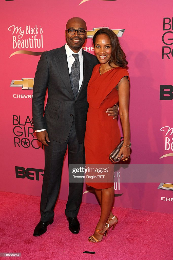 Producer Mara Brock Akil attends BET Black Girls Rock Red Carpet at New Jersey Performing Arts Center on October 26, 2013 in Newark, New Jersey.