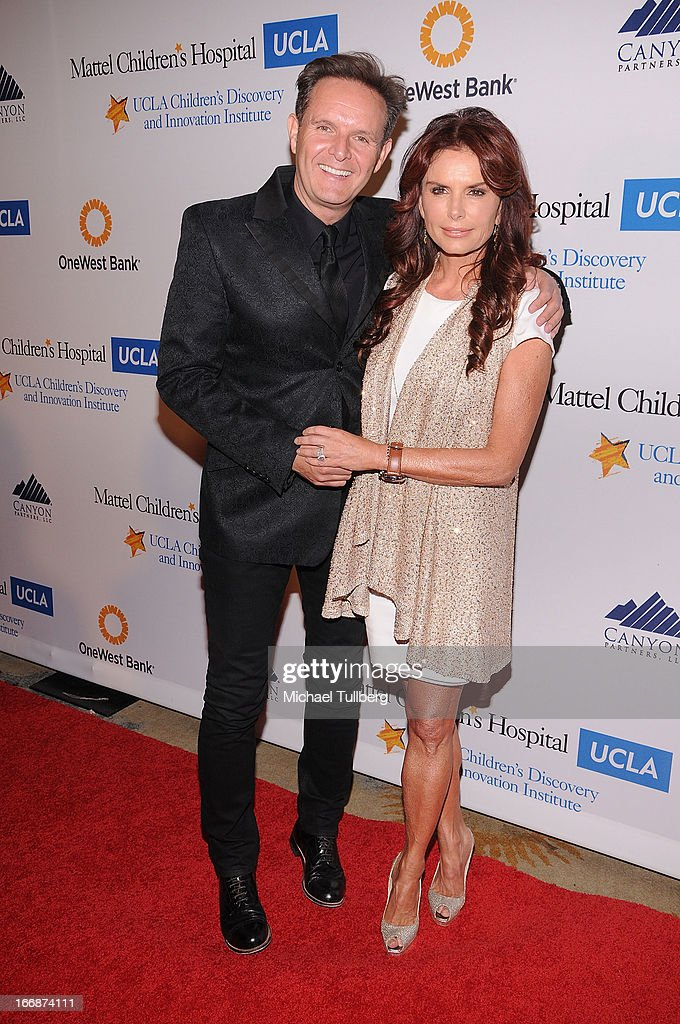 Producer <a gi-track='captionPersonalityLinkClicked' href=/galleries/search?phrase=Mark+Burnett&family=editorial&specificpeople=204697 ng-click='$event.stopPropagation()'>Mark Burnett</a> and actress/producer <a gi-track='captionPersonalityLinkClicked' href=/galleries/search?phrase=Roma+Downey&family=editorial&specificpeople=214162 ng-click='$event.stopPropagation()'>Roma Downey</a> attend 'The Kaleidescope Ball' benefitting The UCLA Children's Discovery And Innovation Institute at Beverly Hills Hotel on April 17, 2013 in Beverly Hills, California.