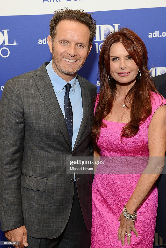 Producer <a gi-track='captionPersonalityLinkClicked' href=/galleries/search?phrase=Mark+Burnett&family=editorial&specificpeople=204697 ng-click='$event.stopPropagation()'>Mark Burnett</a> (L) and wife actress <a gi-track='captionPersonalityLinkClicked' href=/galleries/search?phrase=Roma+Downey&family=editorial&specificpeople=214162 ng-click='$event.stopPropagation()'>Roma Downey</a> attend the Anti-Defamation League Centennial Entertainment Industry Awards Dinner Honoring Jeffrey Katzenberg at The Beverly Hilton Hotel on May 8, 2013 in Beverly Hills, California.