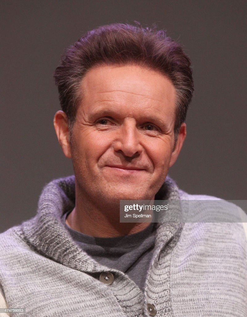 Producer <a gi-track='captionPersonalityLinkClicked' href=/galleries/search?phrase=Mark+Burnett&family=editorial&specificpeople=204697 ng-click='$event.stopPropagation()'>Mark Burnett</a> attends 'Meet The Filmmakers' at Apple Store Soho on February 24, 2014 in New York City.
