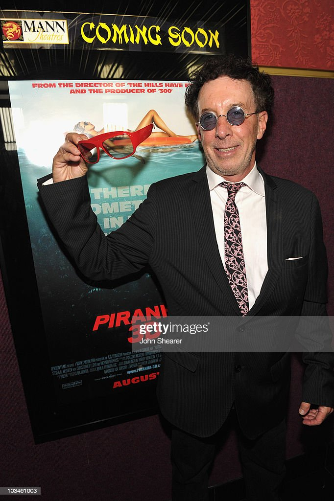 Producer <a gi-track='captionPersonalityLinkClicked' href=/galleries/search?phrase=Mark+Canton&family=editorial&specificpeople=239116 ng-click='$event.stopPropagation()'>Mark Canton</a> attends the Weinstein Company 'Piranha 3D' premiere at Mann Chinese 6 on August 18, 2010 in Hollywood, California.