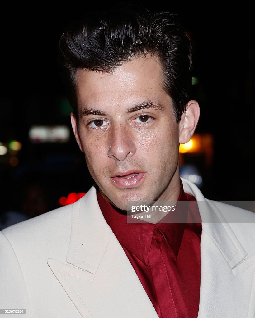 Producer <a gi-track='captionPersonalityLinkClicked' href=/galleries/search?phrase=Mark+Ronson&family=editorial&specificpeople=853261 ng-click='$event.stopPropagation()'>Mark Ronson</a> attends the Vogue.com Met Gala Cocktail Party at Search & Destroy on April 30, 2016 in New York, New York.