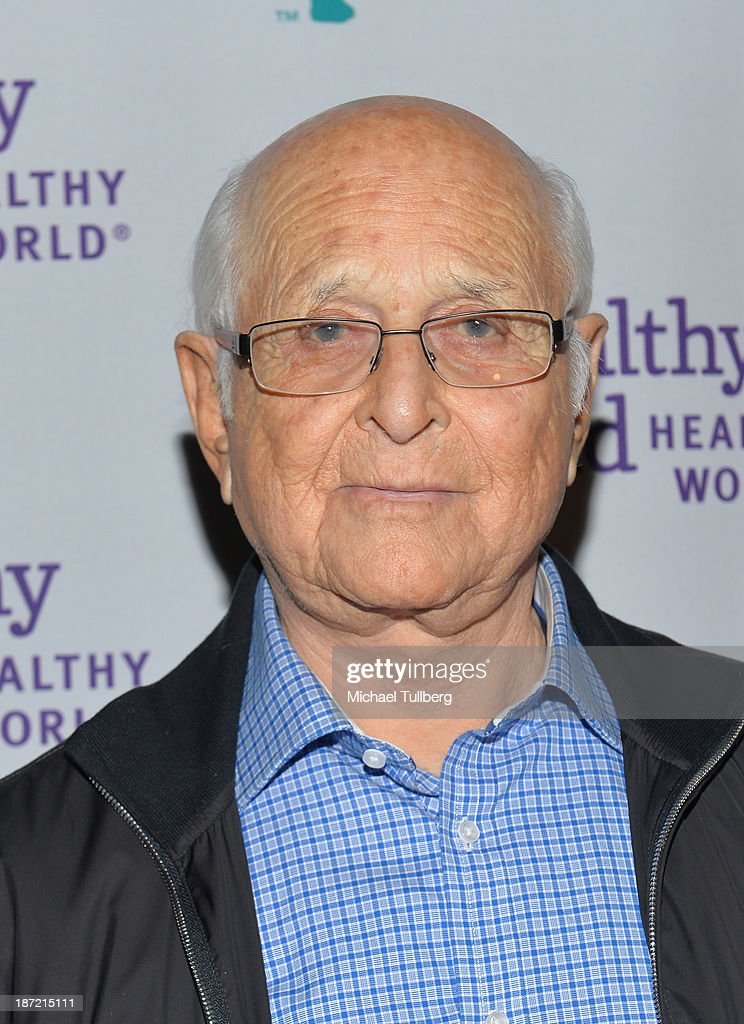Producer <a gi-track='captionPersonalityLinkClicked' href=/galleries/search?phrase=Norman+Lear&family=editorial&specificpeople=206632 ng-click='$event.stopPropagation()'>Norman Lear</a> attends Mom On A Mission's 5th Annual Awards and Gala on November 6, 2013 in Pacific Palisades, California.