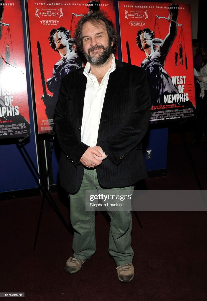 Producer <a gi-track='captionPersonalityLinkClicked' href=/galleries/search?phrase=Peter+Jackson+-+Cineasta&family=editorial&specificpeople=203018 ng-click='$event.stopPropagation()'>Peter Jackson</a> attends the New York premiere of 'West Of Memphis' at Florence Gould Hall on December 7, 2012 in New York City.