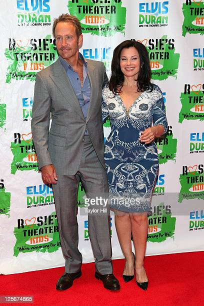 Producer Peter Marc Jacobson and actress Fran Drescher attend Rosie's Building Dreams for Kids Gala at The New York Marriott Marquis on September 19...