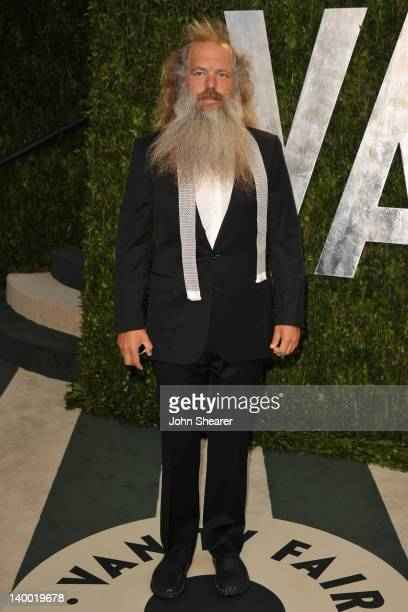 Producer Rick Rubin arrives at the 2012 Vanity Fair Oscar Party hosted by Graydon Carter at Sunset Tower on February 26 2012 in West Hollywood...