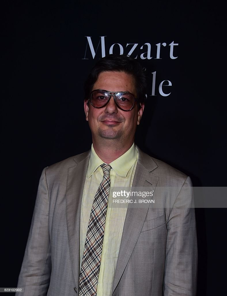 Producer Roman Coppola poses on arrival for a Special Screening of 'Mozart In The Jungle' in Hollywood, California on April 21, 2016. / AFP / FREDERIC