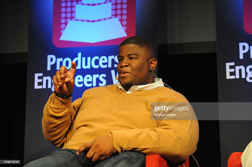Producer <a gi-track='captionPersonalityLinkClicked' href=/galleries/search?phrase=Salaam+Remi&family=editorial&specificpeople=4083113 ng-click='$event.stopPropagation()'>Salaam Remi</a> attends the GRAMMY SoundTables: Sonic Imprints-Songs That Changed My Life at The Moscone Center on October 27, 2012 in San Francisco, California.