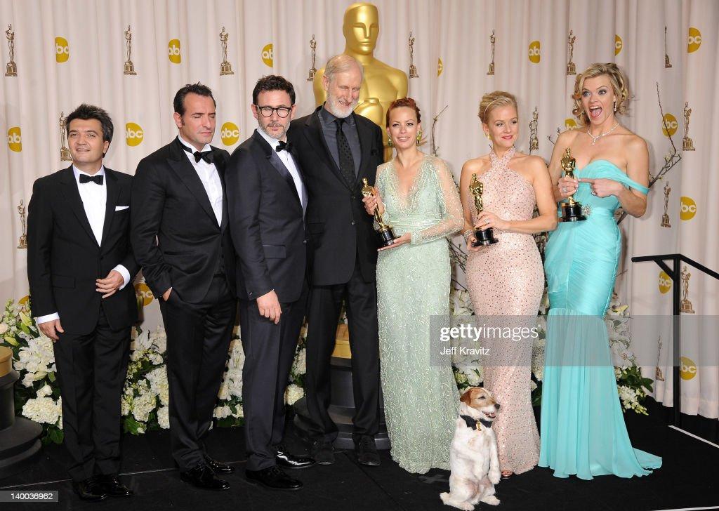 Producer Thomas Langmann actor Jean Dujardin director Michel Hazanavicius actors James Cromwell Uggie the dog Berenice Bejo Penelope Ann Miller and...