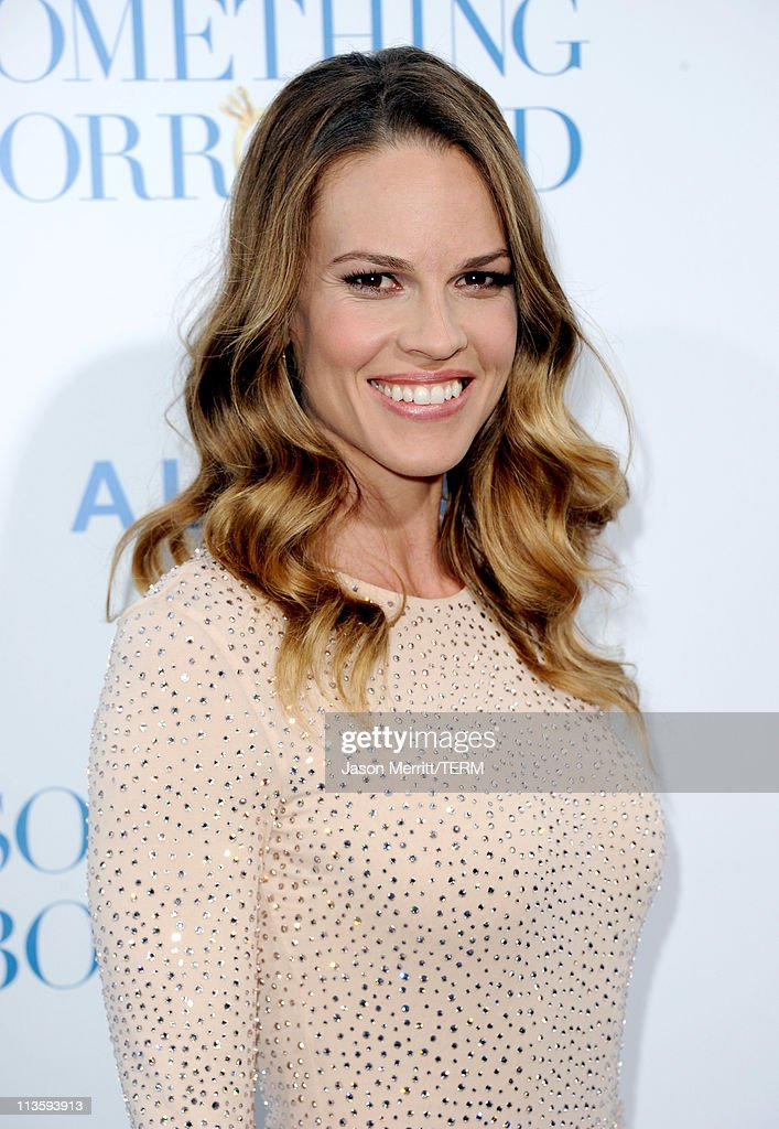 Producer/actress <a gi-track='captionPersonalityLinkClicked' href=/galleries/search?phrase=Hilary+Swank&family=editorial&specificpeople=201692 ng-click='$event.stopPropagation()'>Hilary Swank</a> arrives at the premiere of Warner Bros. 'Something Borrowed' held at Grauman's Chinese Theatre on May 3, 2011 in Hollywood, California.