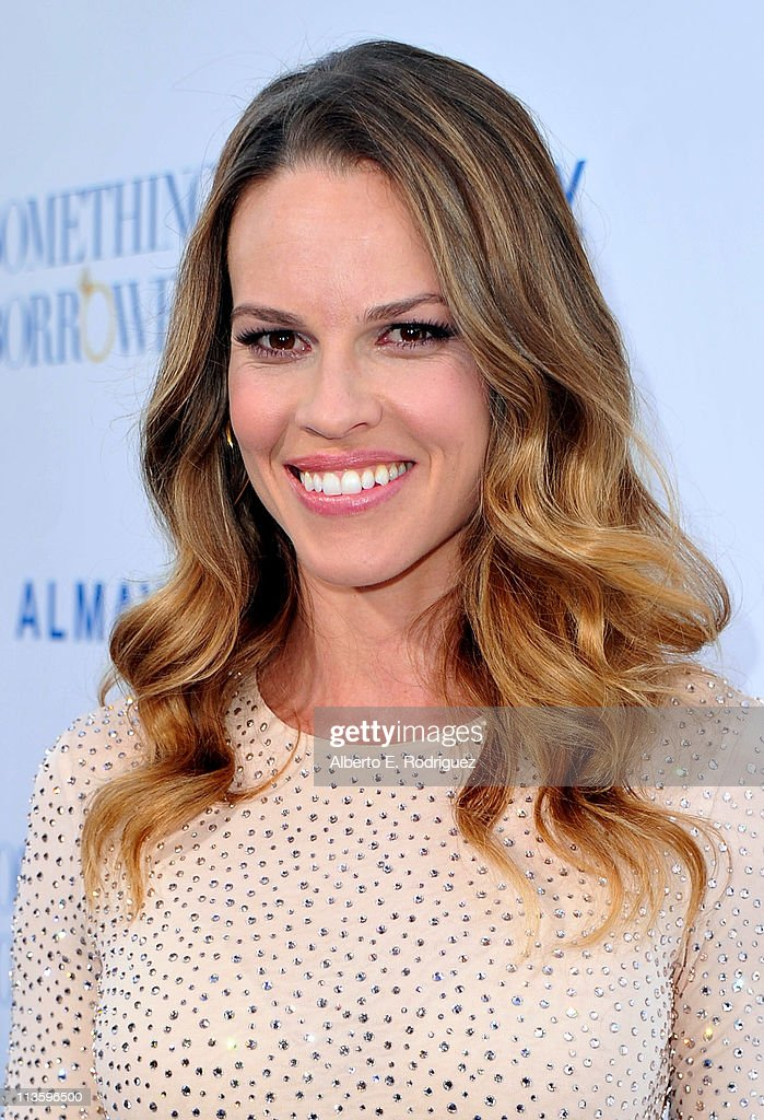 Producer/actress Hilary Swank arrives at the premiere of Warner Bros. 'Something Borrowed' held at Grauman's Chinese Theatre on May 3, 2011 in Hollywood, California.