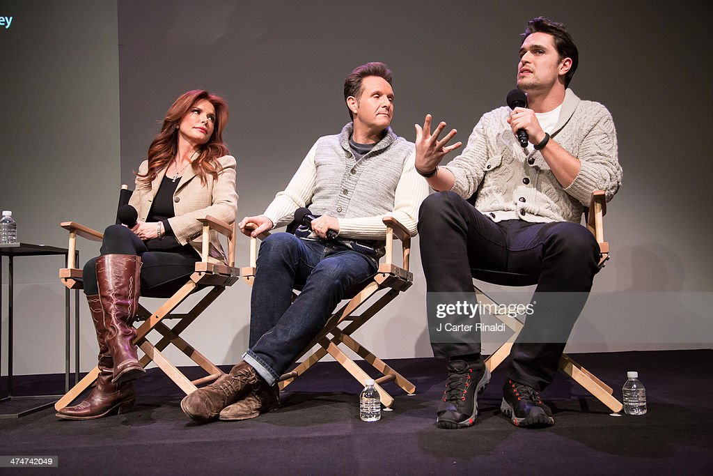 Producer/actress Roma Downey producer Mark Burnett and actor Diogo Morgado attend 'Meet The Filmmakers' at Apple Store Soho on February 24 2014 in...