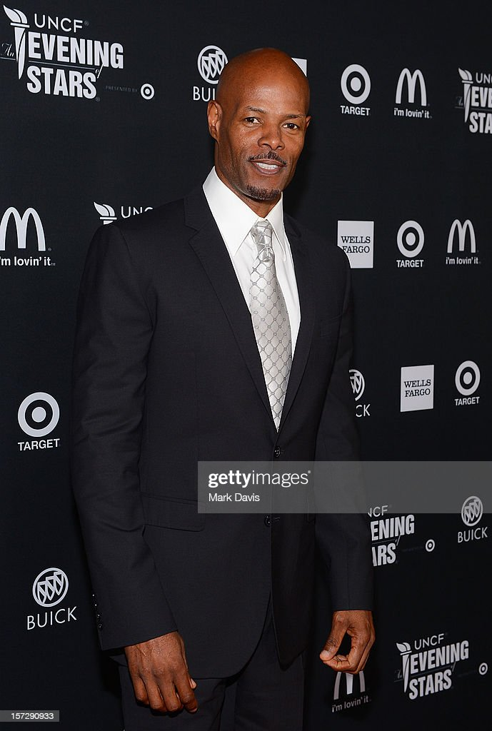 Producer/director <a gi-track='captionPersonalityLinkClicked' href=/galleries/search?phrase=Keenen+Ivory+Wayans&family=editorial&specificpeople=208893 ng-click='$event.stopPropagation()'>Keenen Ivory Wayans</a> arrives at UNCF's 34th Annual An Evening Of Stars held at Pasadena Civic Auditorium on December 1, 2012 in Pasadena, California.