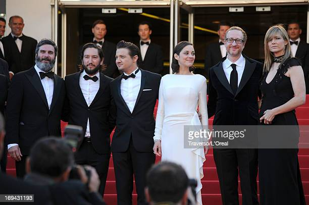 Producers Anthony Katagas Greg Shapiro actors Jeremy Renner Marion Cotillard director James Gray and Alexandra Dickson Gray attend the 'The...