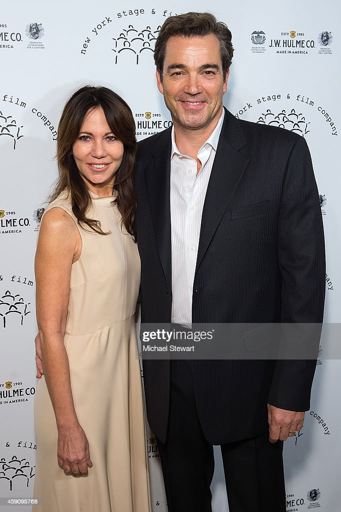 Producing Director Leslie Urdang L And Actor Jon Tenney Attend The 2017 New York