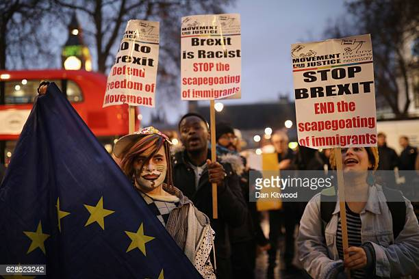 ProEU demonstrators protest outside the Supreme Court on the final day of a four day hearing into whether Parliament's consent is required before the...