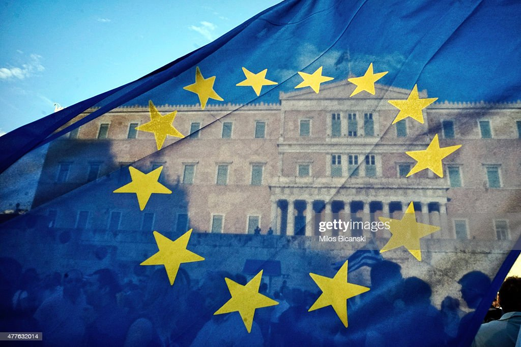 ProEuropean Union protesters take part in a rally in front of the parliament on June 18 2015 in Athens Greece Thousends people attended the rally in...