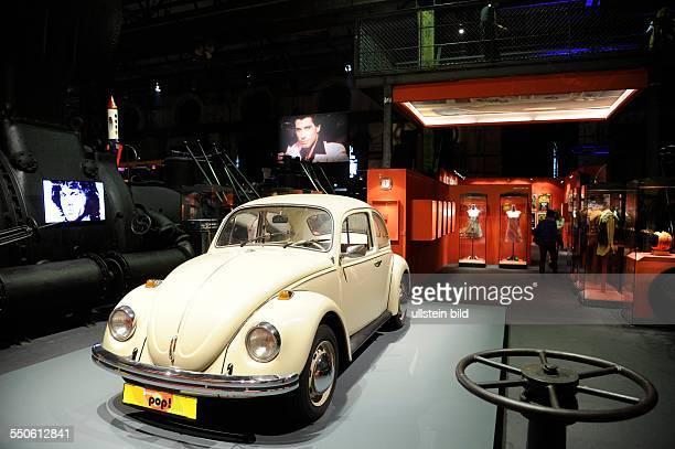 Prof Dr Meinrad Maria Grewenig der Generaldirektor des Weltkulturerbes Völklinger Hütte eröffnet die Pop Art Ausstellung im Welterbe Nach Angaben der...