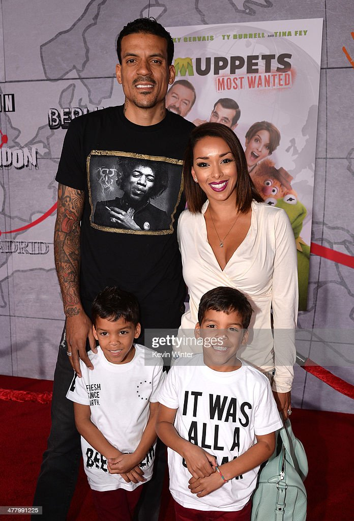 Professional basketball player <a gi-track='captionPersonalityLinkClicked' href=/galleries/search?phrase=Matt+Barnes+-+Basketball+Player&family=editorial&specificpeople=202880 ng-click='$event.stopPropagation()'>Matt Barnes</a>, Gloria Govan Barnes, Carter and Isaiah Barnes arrive for the premiere of Disney's 'Muppets Most Wanted' at the El Capitan Theatre on March 11, 2014 in Hollywood, California.