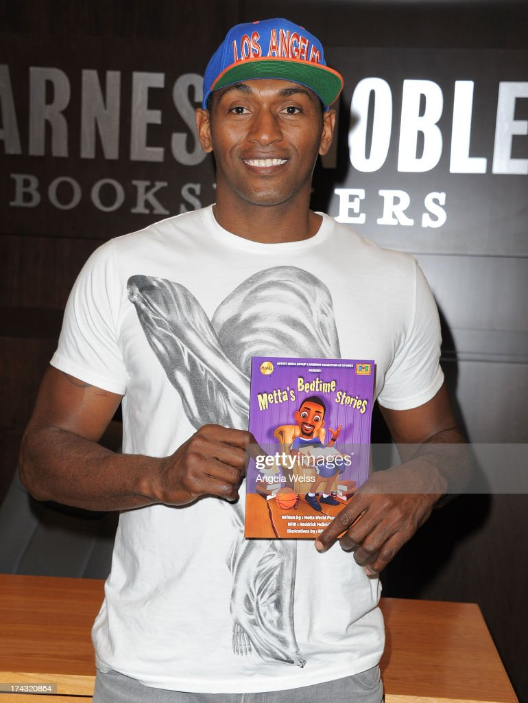 Professional Basketball Player Metta World Peace Attends A Signing For His  Book U0027Mettau0027s Bedtime Stories