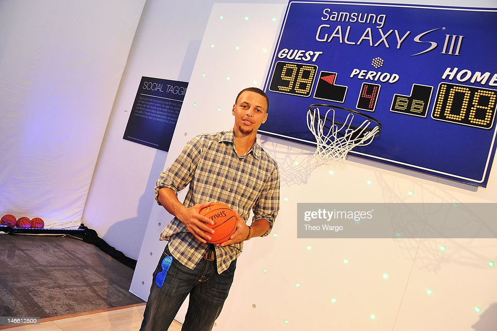 Professional basketball player <a gi-track='captionPersonalityLinkClicked' href=/galleries/search?phrase=Stephen+Curry+-+Basketball+Player&family=editorial&specificpeople=5040623 ng-click='$event.stopPropagation()'>Stephen Curry</a> attends the Samsung Galaxy S III Launch hosted by Ashley Greene at Skylight Studios on June 20, 2012 in New York City.
