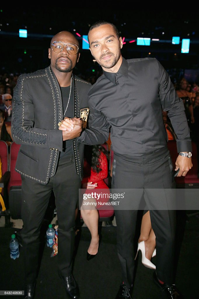 Professional boxer Floyd Mayweather (L) and Humanitarian Award winner <a gi-track='captionPersonalityLinkClicked' href=/galleries/search?phrase=Jesse+Williams+-+Acteur&family=editorial&specificpeople=7189838 ng-click='$event.stopPropagation()'>Jesse Williams</a> attend the 2016 BET Awards at the Microsoft Theater on June 26, 2016 in Los Angeles, California.