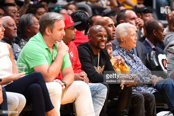 professional boxer Floyd Mayweather is seen in the crowd at the Los Angeles Lakers and New Orleans Pelicans game on October 22 2017 at STAPLES Center...