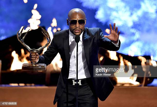 Professional boxer Floyd Mayweather Jr accepts The Best Ever award onstage during Spike TV's Guys Choice 2015 at Sony Pictures Studios on June 6 2015...