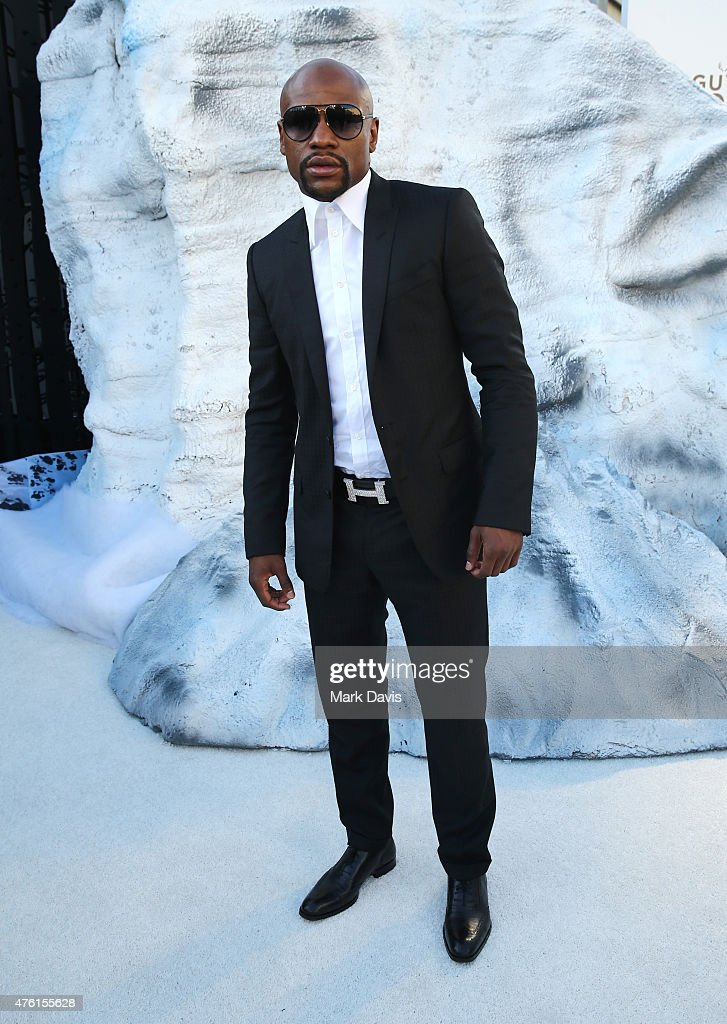 Professional boxer Floyd Mayweather, Jr. attends Spike TV's Guys Choice 2015 at Sony Pictures Studios on June 6, 2015 in Culver City, California.