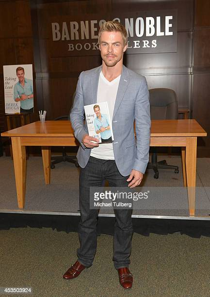 Professional dancer Derek Hough attends a signing for his book 'Taking The Lead Lessons From A Life In Motion' at Barnes Noble bookstore at The Grove...
