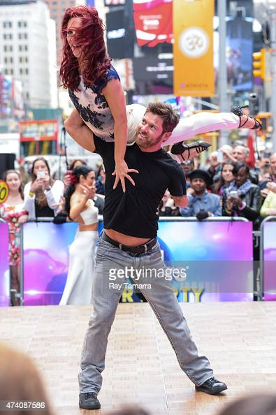 Professional dancer Sharna Burgess and former soldier Noah Galloway perform at 'Good Morning America' at ABC Times Square Studios on May 20 2015 in...