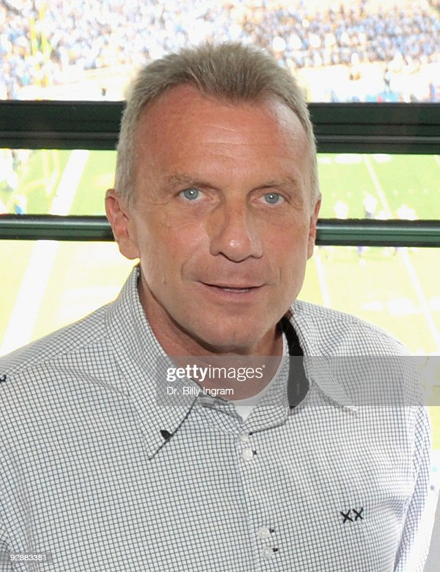 Professional Football Hall of Famer, <a gi-track='captionPersonalityLinkClicked' href=/galleries/search?phrase=Joe+Montana&family=editorial&specificpeople=206967 ng-click='$event.stopPropagation()'>Joe Montana</a> makes an appearance the UCLA Football Game at the Rose Bowl on November 7, 2009 in Pasadena, California.