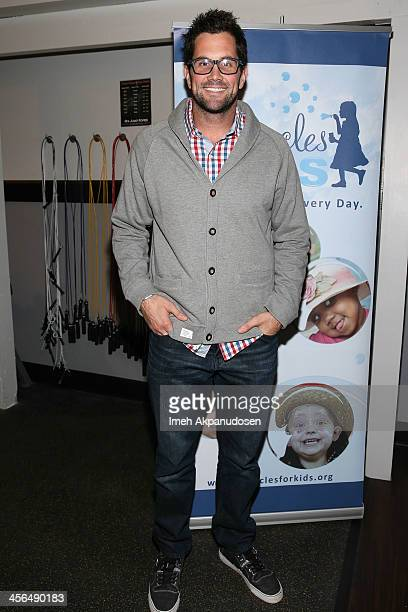Professional football player Matt Leinart attends Golden State Crossfit's 1st Annual 'Grizzlies Give Back Toy Drive' at Golden State Crossfit on...