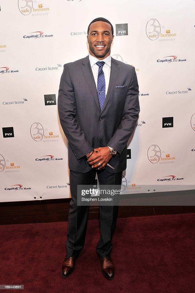 Professional football player Ryan Mundy attends Safe Horizon's 35th anniversary celebration at its annual gala at Pier Sixty at Chelsea Piers on May 9, 2013 in New York City.
