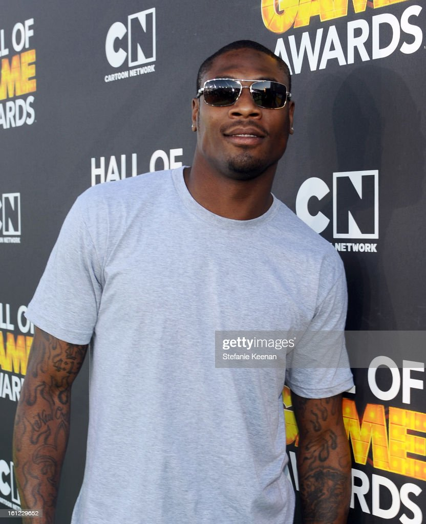 Professional football player/'Sickest Showdown' nominee <a gi-track='captionPersonalityLinkClicked' href=/galleries/search?phrase=Jacoby+Jones&family=editorial&specificpeople=4167942 ng-click='$event.stopPropagation()'>Jacoby Jones</a> attends the Third Annual Hall of Game Awards hosted by Cartoon Network at Barker Hangar on February 9, 2013 in Santa Monica, California. 23270_002_SK_0561.JPG