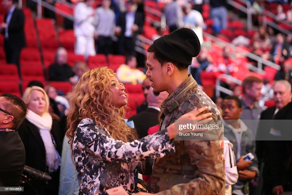 Professional Singer Beyoncé Knowles greets prior to the 2013 NBA All-Star Game on February 17, 2013 at Toyota Center in Houston, Texas.