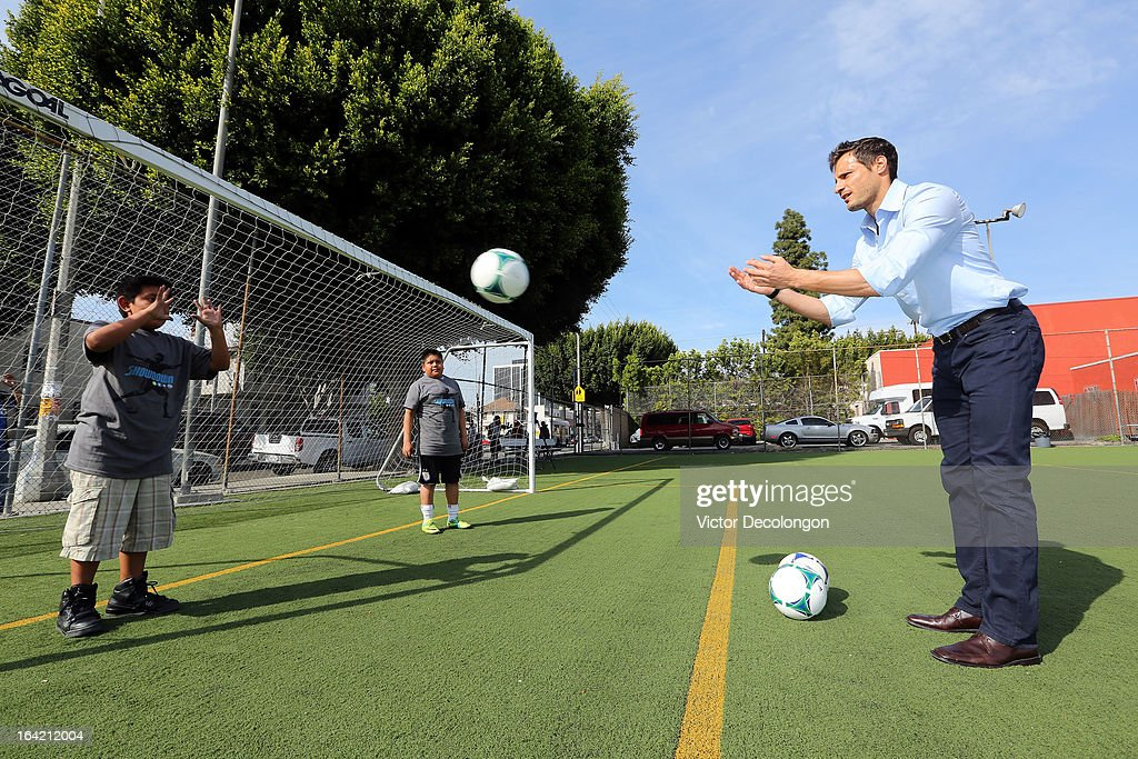 Professional soccer player Carlo Cudicini of the Los Angeles Galaxy practices a soccer drill with children from The Salvation Army Red Shield Youth & Community Center after the announcement of professional basketball player Steve Nash's charity soccer events at The Salvation Army Red Shield Youth & Community Center on March 20, 2013 in Los Angeles, California.