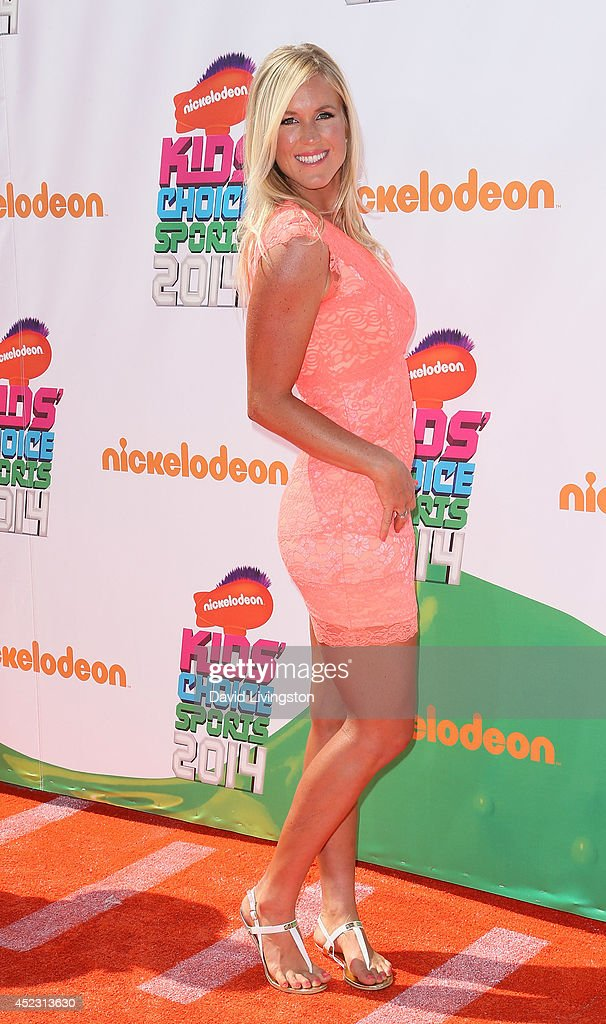 Professional surfer <a gi-track='captionPersonalityLinkClicked' href=/galleries/search?phrase=Bethany+Hamilton&family=editorial&specificpeople=212834 ng-click='$event.stopPropagation()'>Bethany Hamilton</a> attends the Nickelodeon Kids' Choice Sports Awards 2014 at Pauley Pavilion on July 17, 2014 in Los Angeles, California.