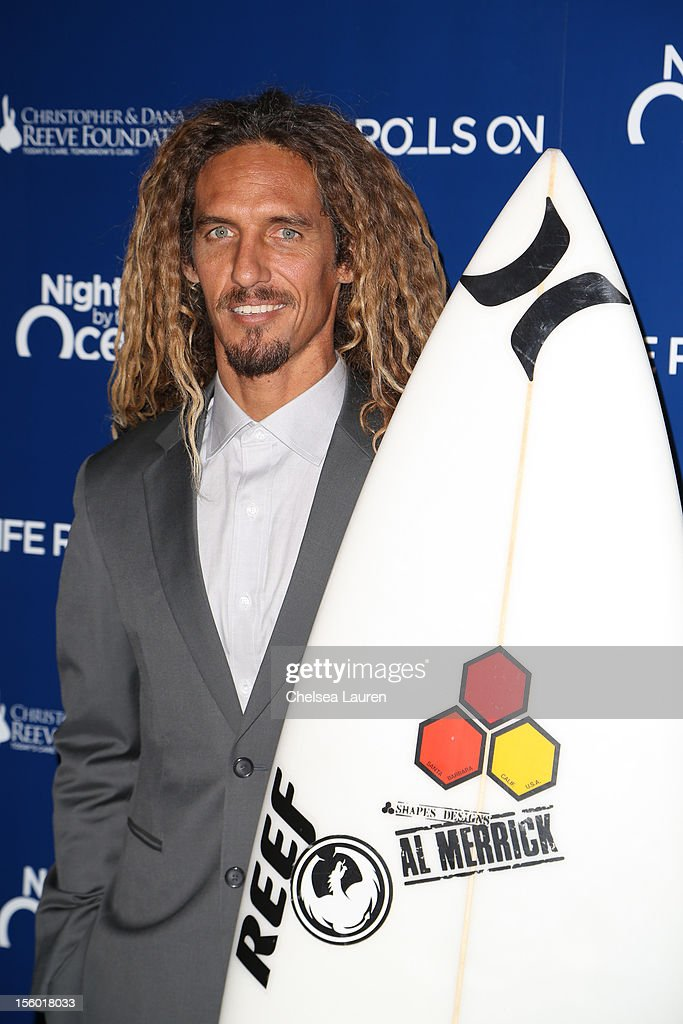 Professional surfer Rob Machado arrives at the Life Rolls On foundation's 9th annual 'Night by the Ocean' gala at Ritz Carlton Hotel on November 10, 2012 in Marina del Rey, California.