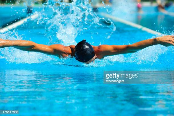 Professional nuoto in piscina