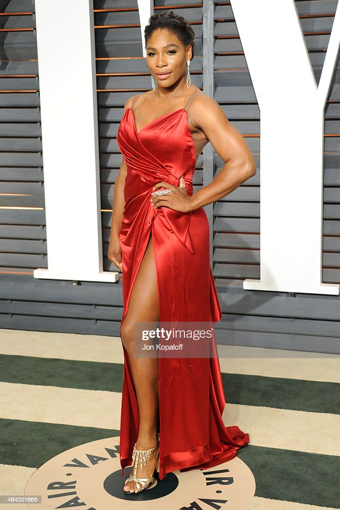 Professional tennis player Serena Williams attends the 2015 Vanity Fair Oscar Party hosted by Graydon Carter at Wallis Annenberg Center for the Performing Arts on February 22, 2015 in Beverly Hills, California.