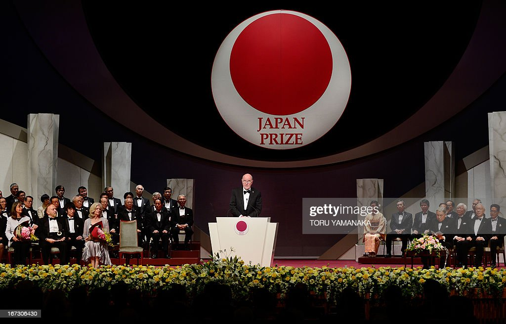 Professor C. Grant Wilson (C) of the US makes a speech during the awards ceremony for the Japan Prize in Tokyo on April 24, 2013. Willson and his compatriot, Professor Jean M. J. Frechet, were jointly awarded the prize in the materials and production field to develop chemically amplified resistant polymer materials for the innovative semiconductor manufacturing process. The Japan Prize is awarded annually to scientists and engineers from around the world who have made significant contributions to the advancement of science and technology, furthering the cause of peace and prosperity. AFP PHOTO/Toru YAMANAKA