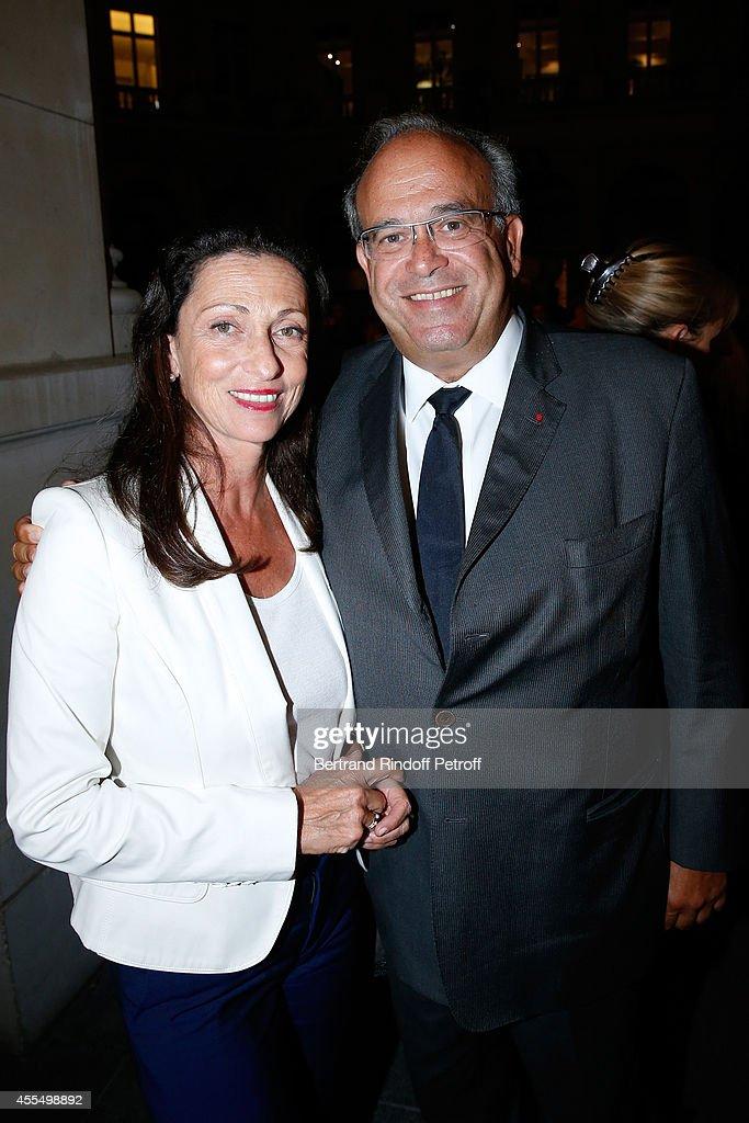 Professor David Khayat and his wife Jocelyne Khayat attend 'Un diner d'adieu' Premiere Held at Theatre Edouard VII on September 15 2014 in Paris...